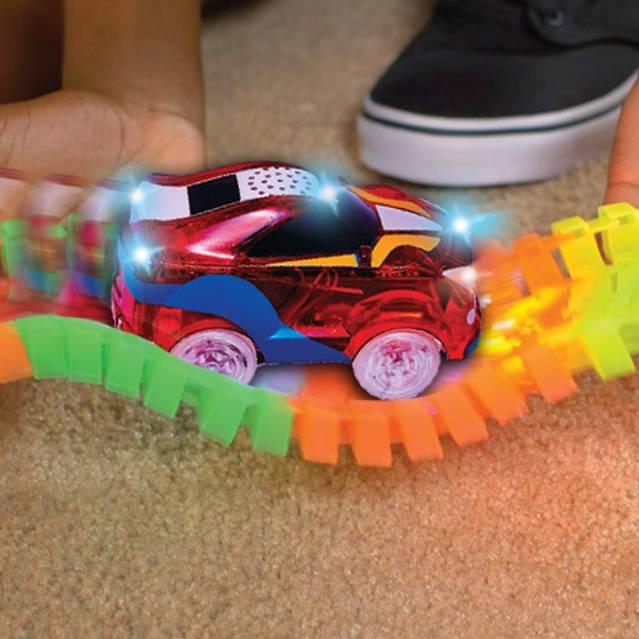 Magic Tracks RC Racer Mega Set inkl. 2 Autos LED Rennbahn Kinder Kinderzimmer Spielzeug Weihnachten Geschenk