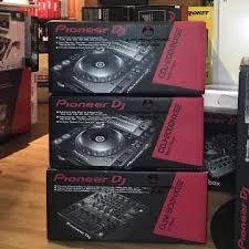 Digitale und Analoge Mixer, DJ-Geräte, Keyboards, Studio-Geräte Behringer Pioneer Soundcraft und andere