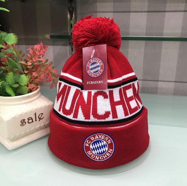 FC Bayern München Beanie FCB Mütze Kappe Bommel Fussball Fan