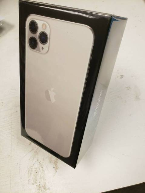 For Sale: Apple iPhone 11 Pro Max / iPhone 11 Pro / iPhone 11 / PS 4 PRO 1TB / Galaxy Note 10+
