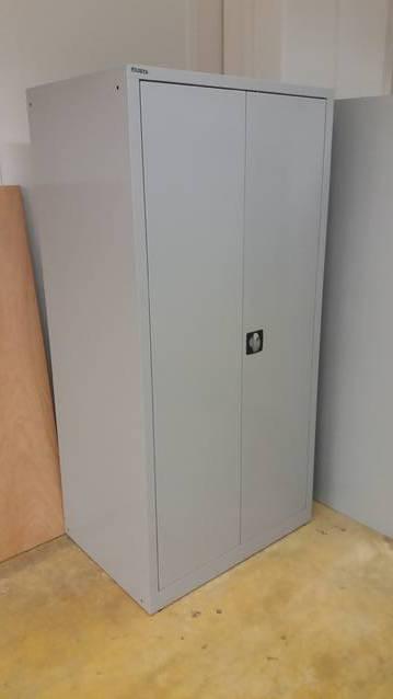 Lista Metallschrank neues Modell extratief 65cm