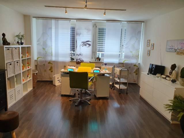 Nagel/Kosmetikstudio