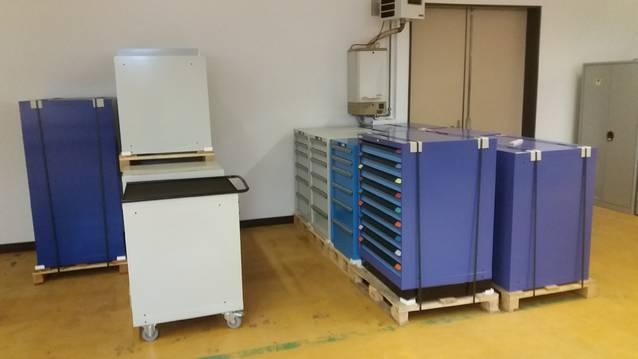 Schubladenstöcke und Werkstattschränke