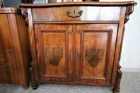 Antike Jugendstil Möbel dem Höchstbietenden zu verkaufen!
