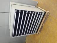 Schubladenschrank gross mit Unterteilungsmaterial